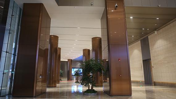 大厅不锈钢柱装饰图