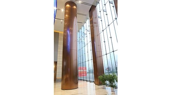 十三米不锈钢方柱