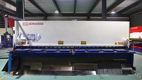 五米剪板机